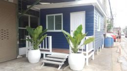 Rent a house in the city of Nakhon Si Thammarat in Soi Ruamboon 1 bedroom 1 bathroom with balcony new home atmosphere peacefully.